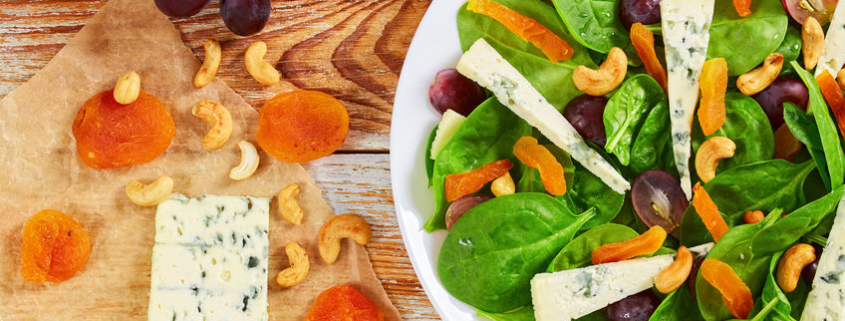 Spinach Apricot Salad with Blue Cheese